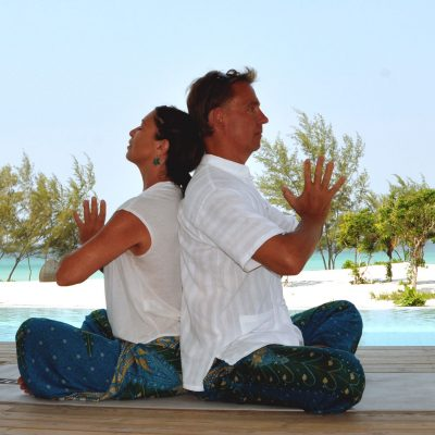 Acroyoga couple meditation