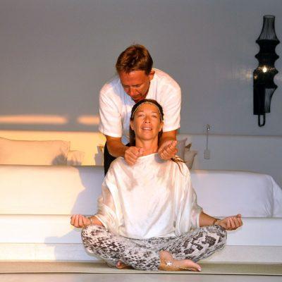 Thai massage on the shoulders